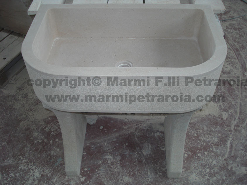 Vasca in pietra » Marmi F.lli Petraroia