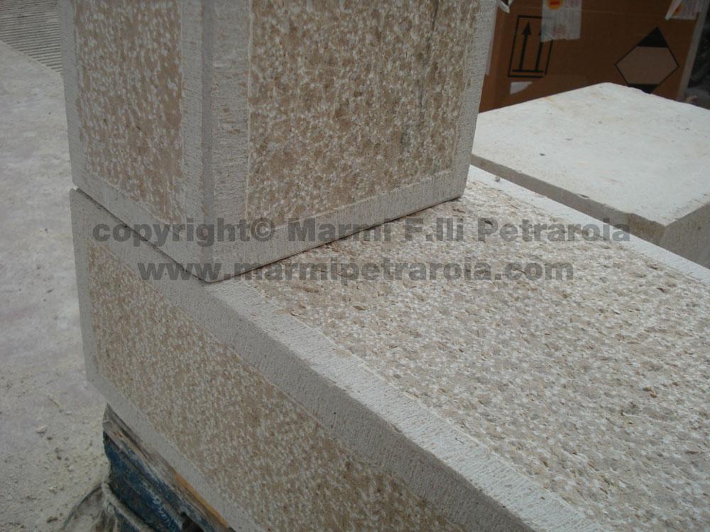 Popolare Cornici per finestre in pietra » Marmi F.lli Petraroia SH58